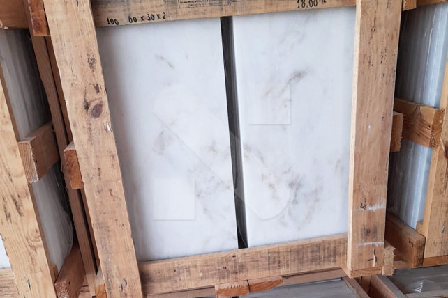 White marble tiles 60x30x2cm